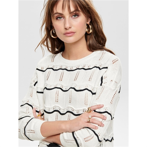 15172959_pullover_only_1